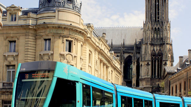 00-tramway-de-reims-02-crdit-photo-carmen-moya.jpg